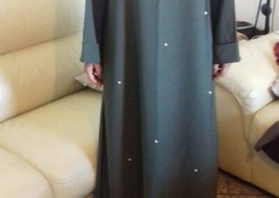 abaya robe longue large couleur kaki perlé